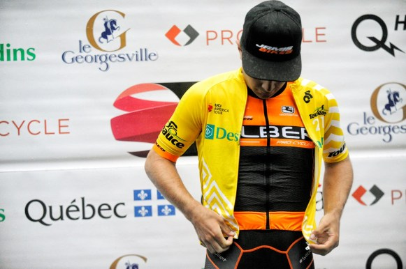 Cowan zips on Yellow over Orange at the Tour de Beauce ©VeloImages