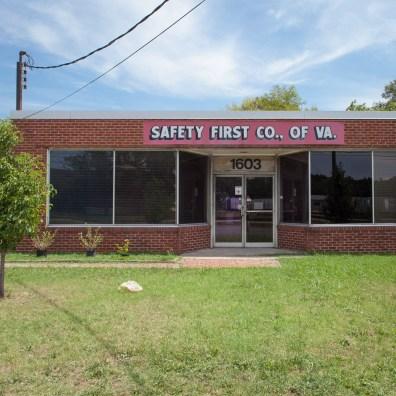 Safety First, Jefferson Davis Highway, Virginia, 2011