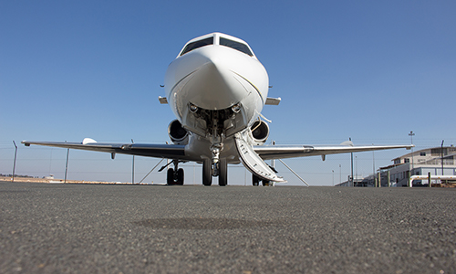 Hawker 700 Nose Shot With Ramp