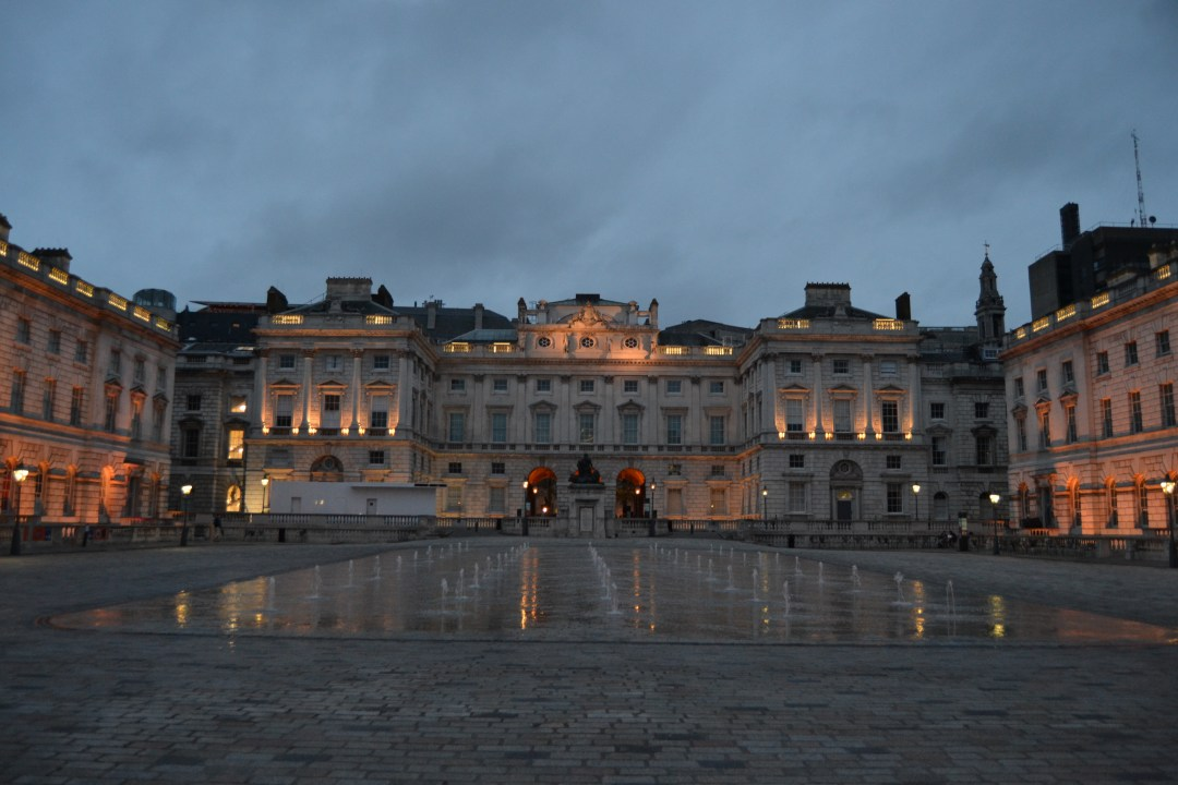 Somerset House en verano - propiedad de Fly and Grow©