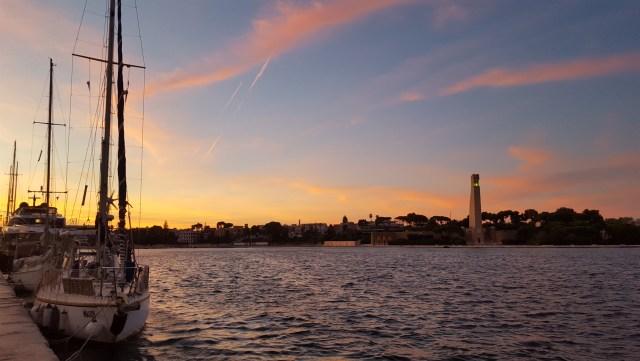 Atardecer en el puerto de Brindisi