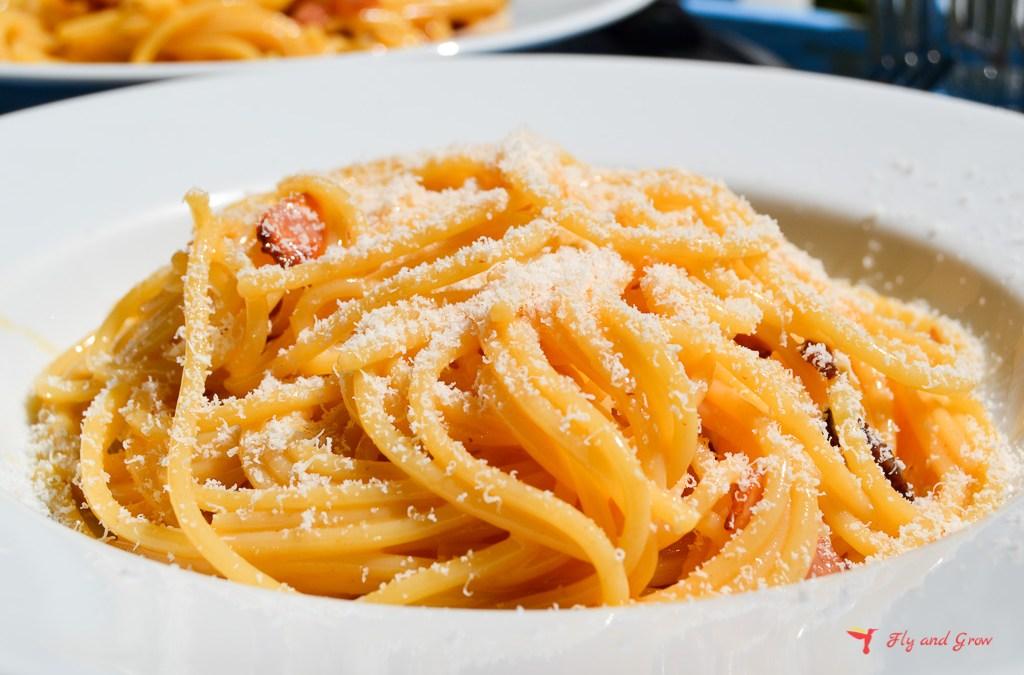 Receta de espaguetis a la carbonara- la receta italiana original