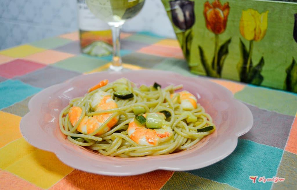 receta de pasta con gambas y calabacin