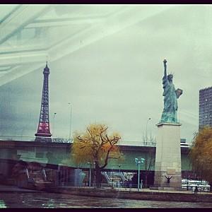 statue de la liberté et Tour Eiffel