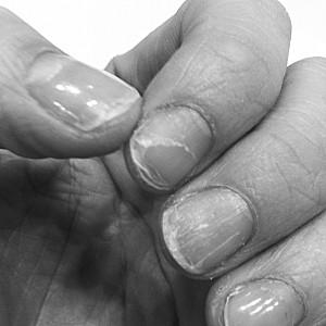 vernis gels=ongles fichus