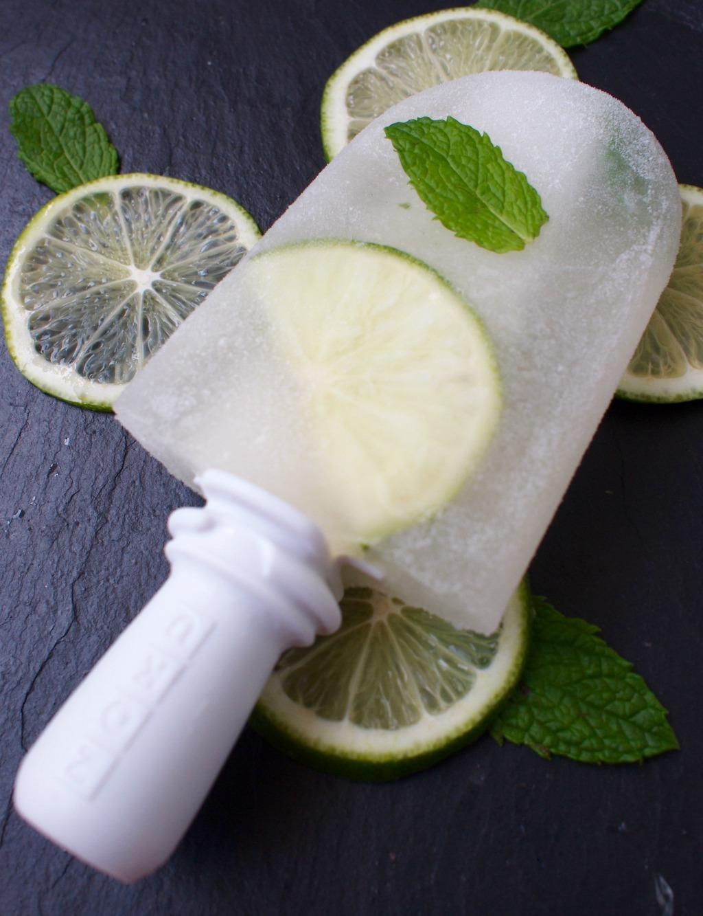 Recept voor Witte wijn ijsjes met limoen en munt