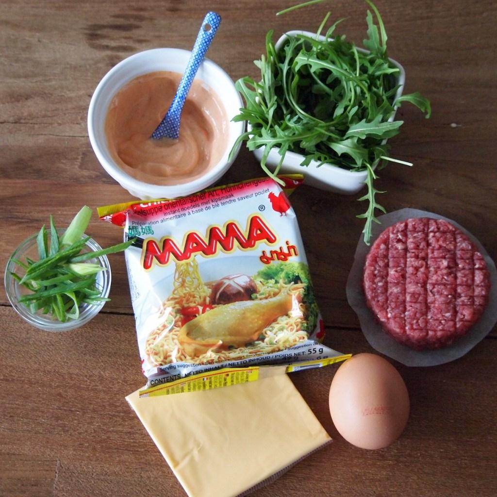 Ingredienten ramenburger noodle burger