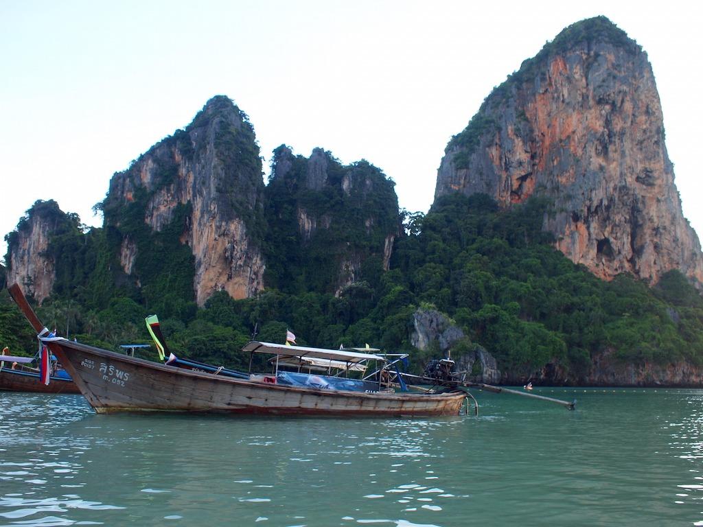 Hoe kom je op Railay Beach Thailand