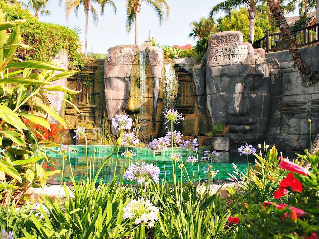 Asia Gardens hotel zwembad spanje benidorm