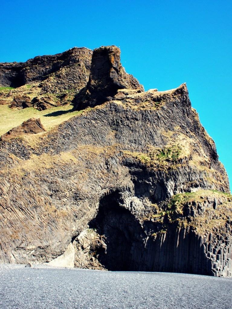 Reisverslag IJsland grot vik
