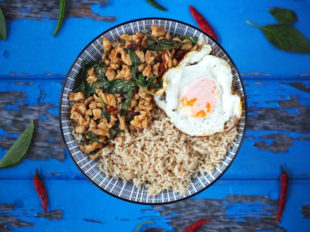 Thaise kip met holy basil pittig