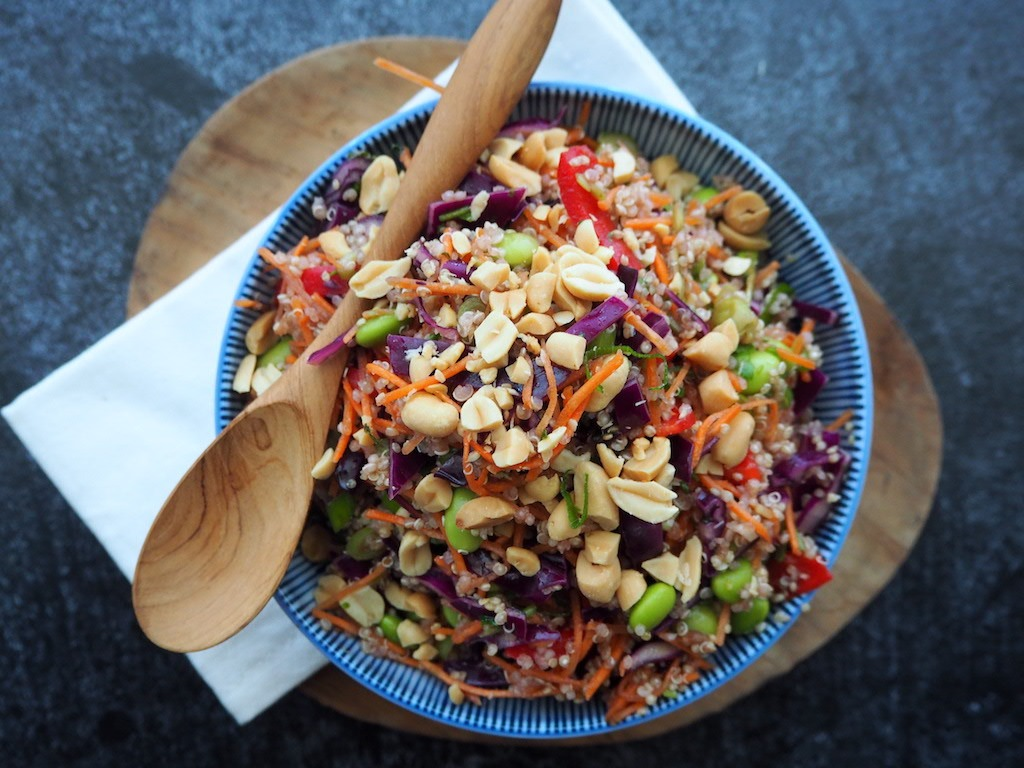 Thaise Quinoa salade met pinda