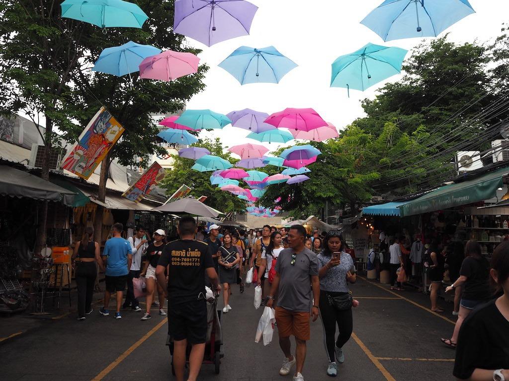 chatuchak weekend market open lucht