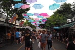 De Chatuchak weekend market bezoeken in Bangkok