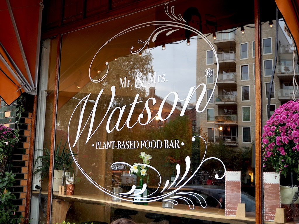 Mr & Mrs Watson vegan hotspot Amsterdam Oost
