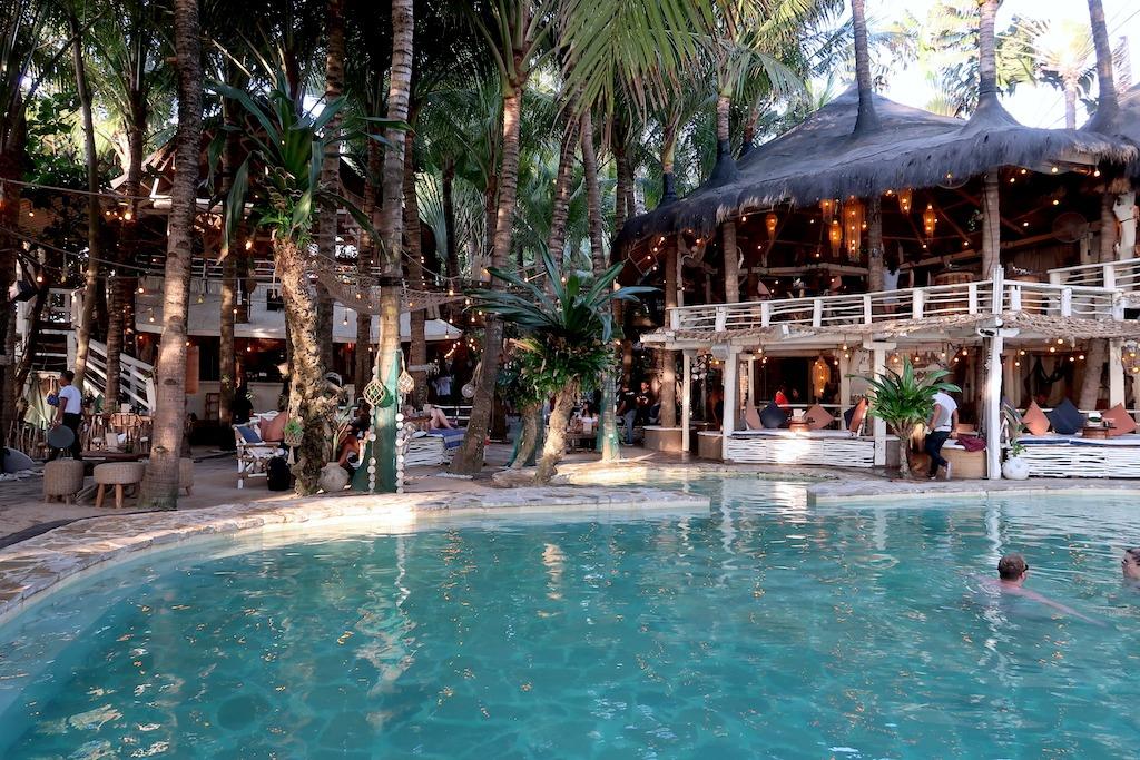 La Brisa beachclub Bali Canggu zwembad