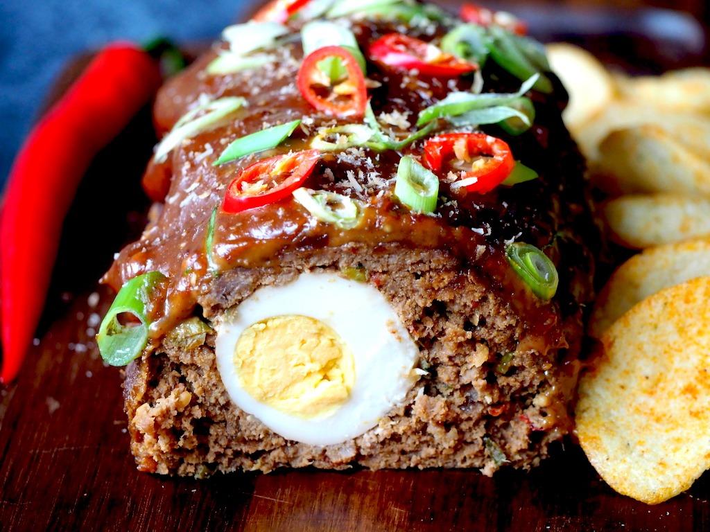 Indonesisch gehaktbrood met ei