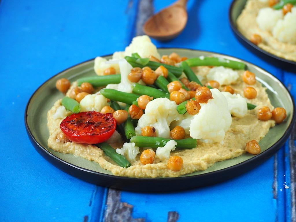 Thaise hummus met groene curry