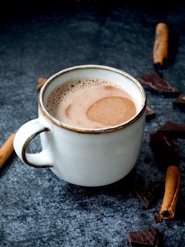 Koolhydraatarme warme chocolademelk
