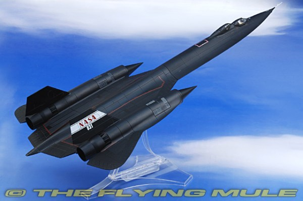 Century Wings 748323 - SR-71 Blackbird Diecast Model, NASA ...