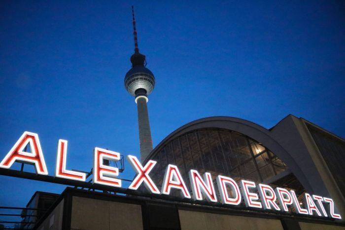 24 Stunden in Berlin, Food & Travel