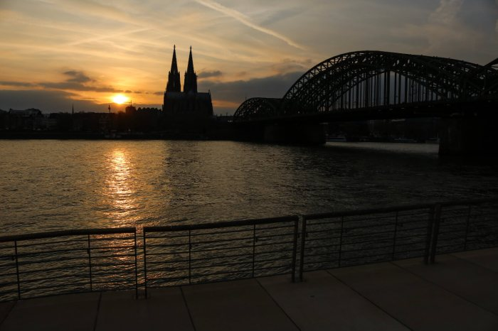 Things To Do in Köln, Cologne, Travel Guide, Rhein Boulevard, Reintreppen