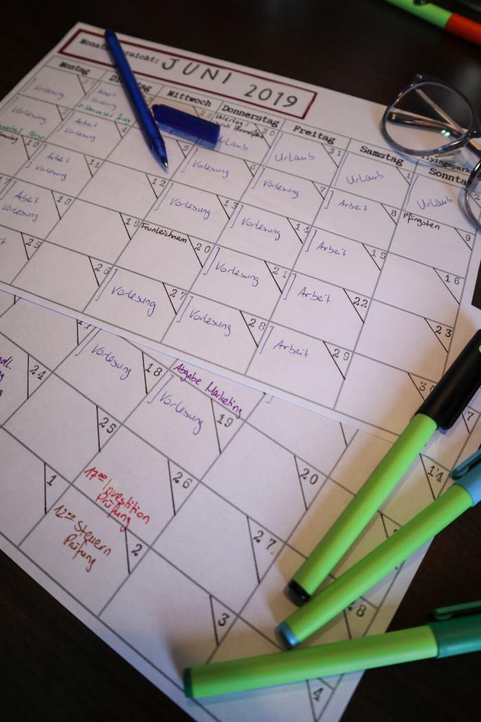 How to Lernplan mit Monatsübersicht erstellen, kostenlose Druckvorlage