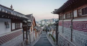 Korean Walkthrough - World 2 (FlyIntoBooks.com)