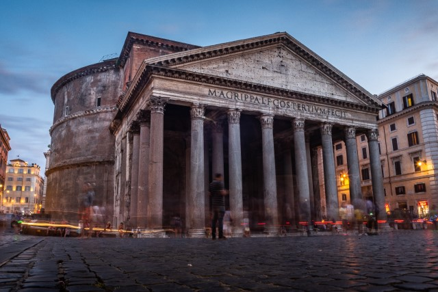 The Pantheon in Rome, Italy - a former Roman temple (flyintobooks.com). Julius Caesar was a Roman Consul.