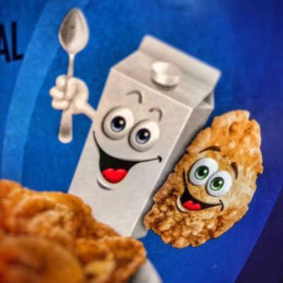 Found this on my kids' generic cereal - does this milk carton have a sentient conjoined/tumor twin growing out it ala Total Recall? #totalrecall