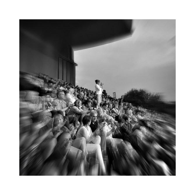 Publikum bei Klaus Doldinger, Hafensommer Würzburg 2016 || © Ulf Cronenberg, Würzburg