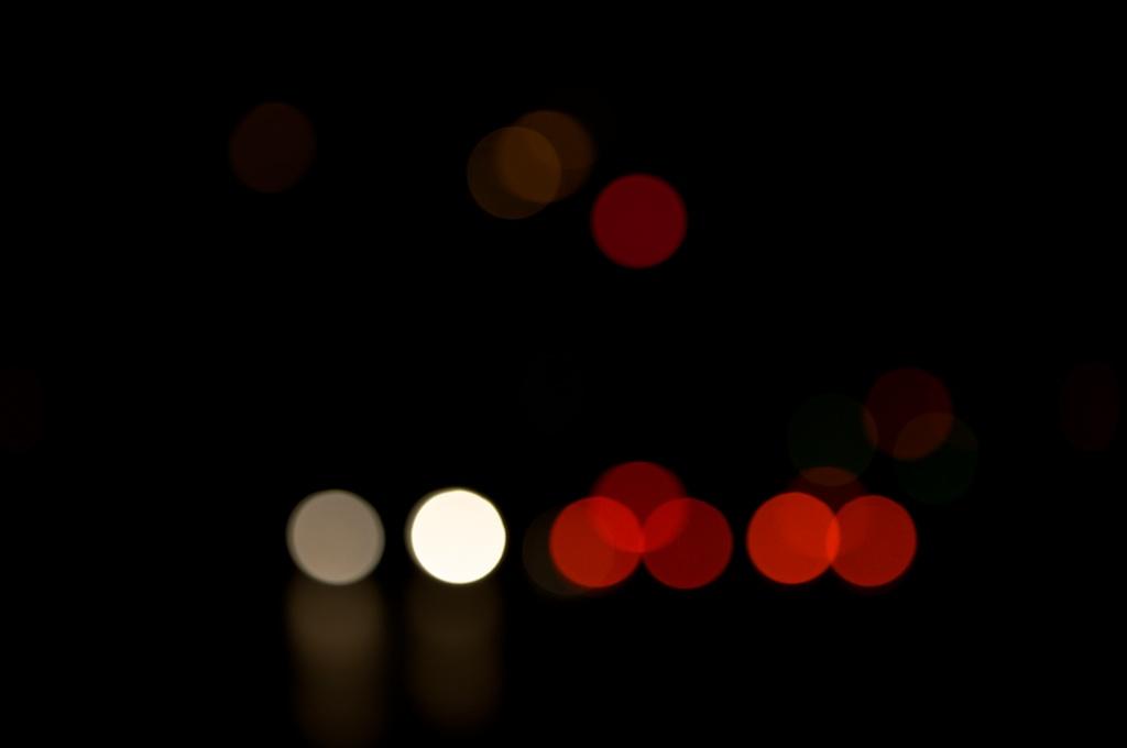 Lichtspiele nachts No. 5   Foto: Ulf Cronenberg, Würzburg