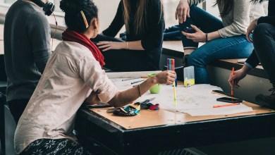 donne in un luogo di lavoro, inclusività ufficio contro gender gap