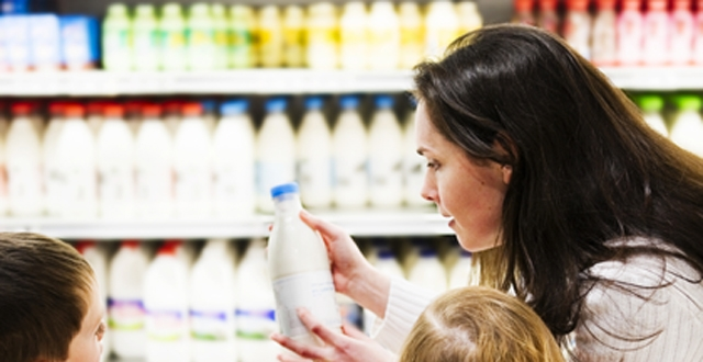 Continuous price reductions skim off milk industry profits