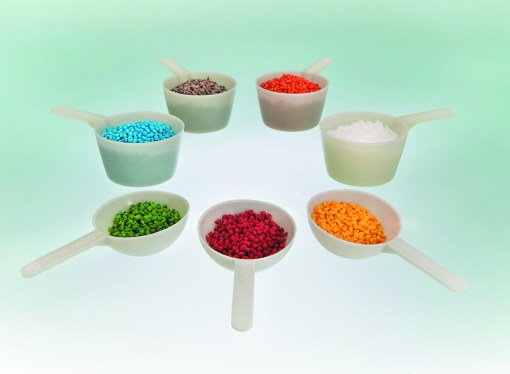 100 percent recycled plastic scoops now available at Measom Freer