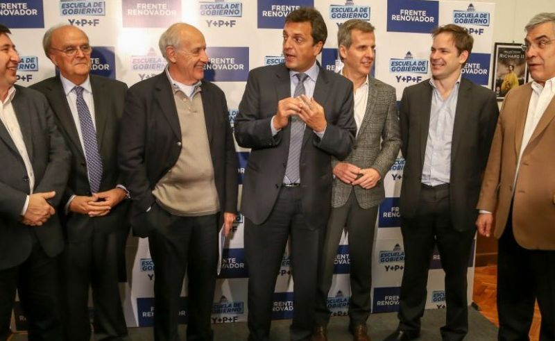 Lavagna arma una mesa de peronistas para instalar su candidatura en la provincia