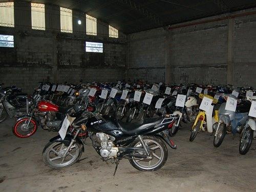 Emplazamiento a propietarios de motovehículos a subastarse