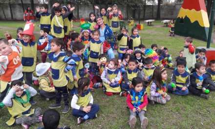 En el Día de los Jardines de Infantes, visitaron la plaza Cara Sucias