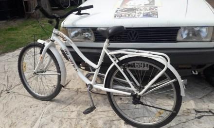 Cabrera Solidaria canjea bicicletas donadas por alimentos