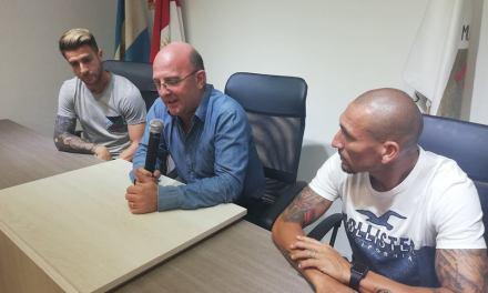 Cholo Guiñazú y Julito Buffarini preparados para el partido solidario