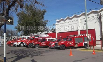 VENTA DE CHORIPANES Y PAPAS FRITAS DESDE SUB COMISIÓN DE DAMAS DE BOMBEROS