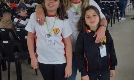 Alumnas de la escuela Olmos participan de la instancia provincial en la Feria de Ciencias en Córdoba