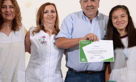 Ya fueron entregadas las BECAS de Cotagro