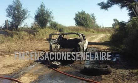Incendio total de  una camioneta en camino rural