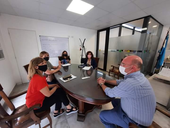 Actos de colación – El Intendente se reunió con Directoras de nivel medio
