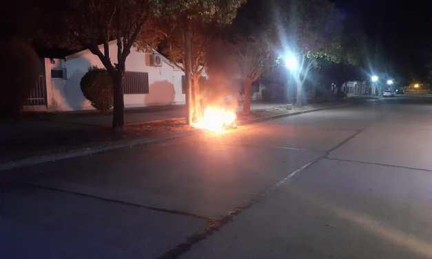 Se incendio motocicleta que había sido sustraída