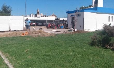 Trabajan en la construcción del Centro Cívico Municipal