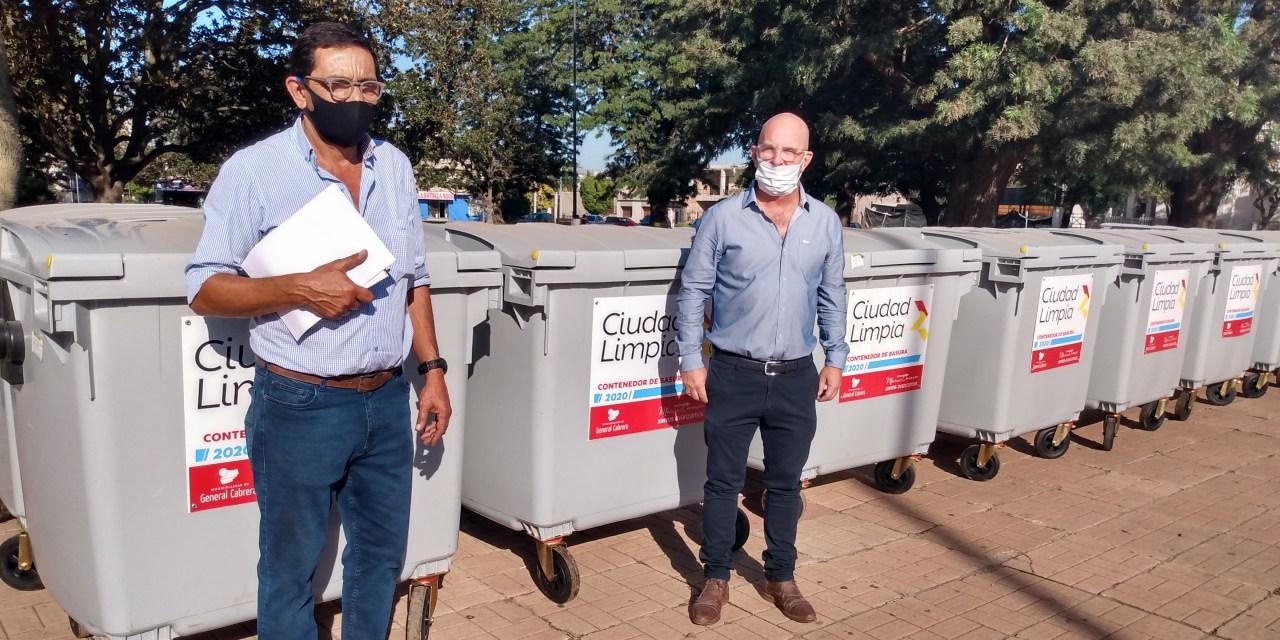 El Intendente presentó 10 nuevos contenedores para la ciudad