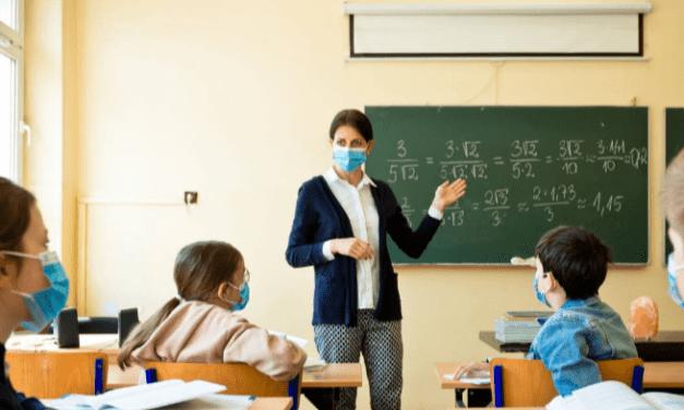 Se aproximan las bajas temperaturas – «El costo de la presencialidad en las escuelas»