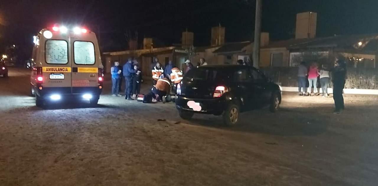 Accidente de tránsito entre una moto y un auto